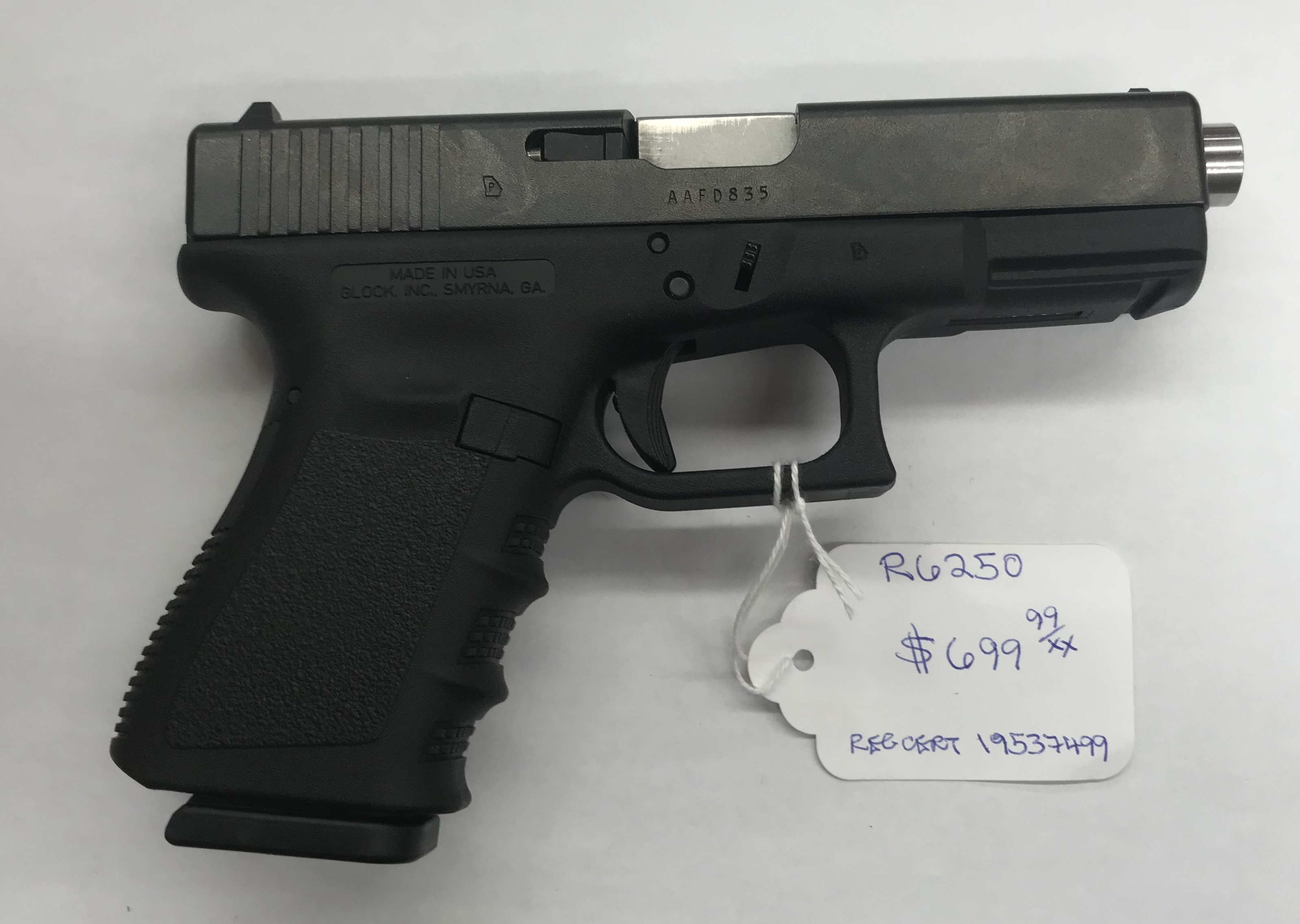 GLOCK MODEL 19 GEN 3 9MM SIEMI-AUTOMATIC PISTOL R6250