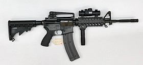 COLT M4 CARBINE 22LR SEMI AUTOMATIC RIFLE SR062